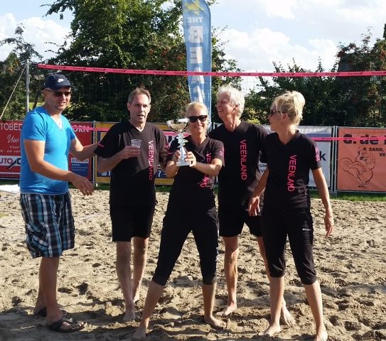 Veenland Volleyballers kampioen recreanten Wilnisse Feestweek 2016